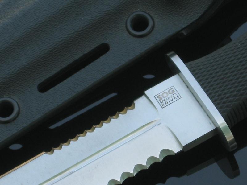 sog-desert-dagger-s25-square-sog-logo-engraving-arthurm