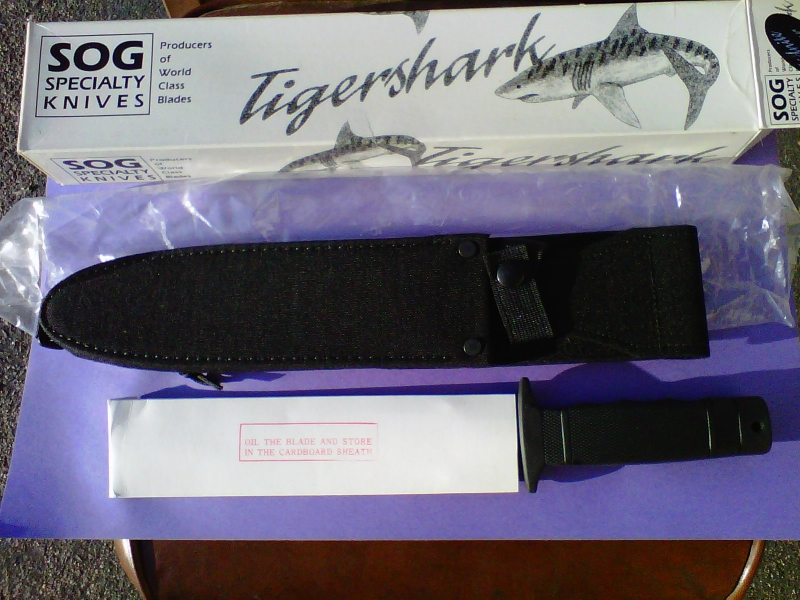 sog-midnight-tigershark-whats-in-box-everything-michaelm