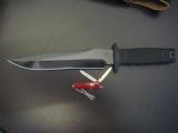 sog-midnight-tigershark-gun-beside-victorinox-classic-sak-nutz_about_knives_bladeforums