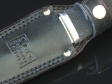 sog-pentagon-seki-japan-in-leather-sheath-close-up-ArthurM
