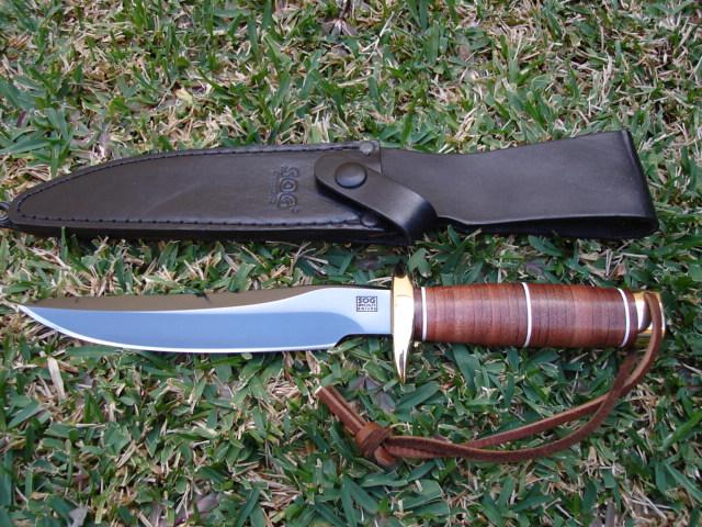 sog-recon-bowie-main-gun-blued-argus1-bladeforums
