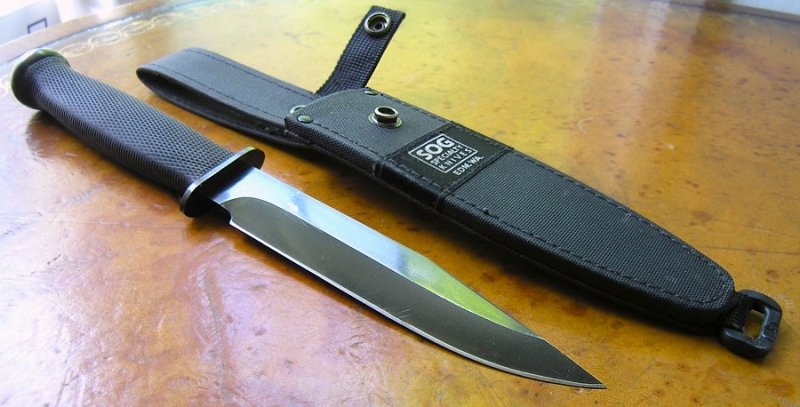sog-recon-government-with-condura-sheath-right-bryanl