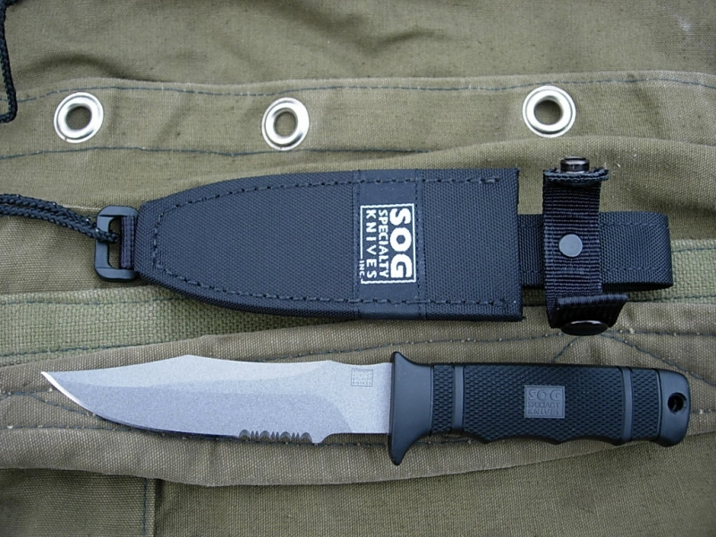 sog-seal-pup-japan-with-sheath-main-altermann_bladeforums
